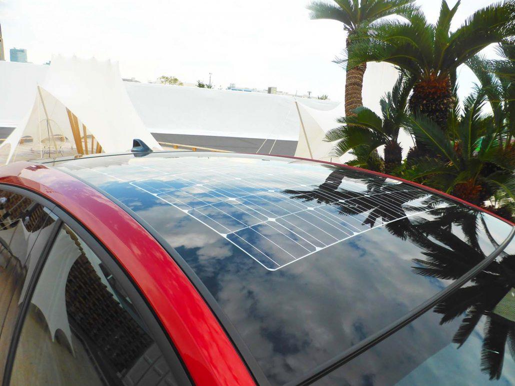 grand-thrid-living-solar-panel